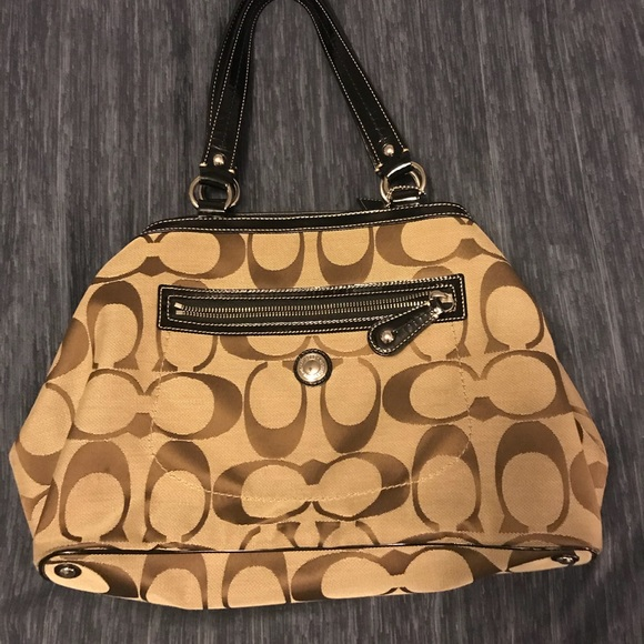 Favorite Brown Signature Coach Shoulder Bag | Poshmark PQ36